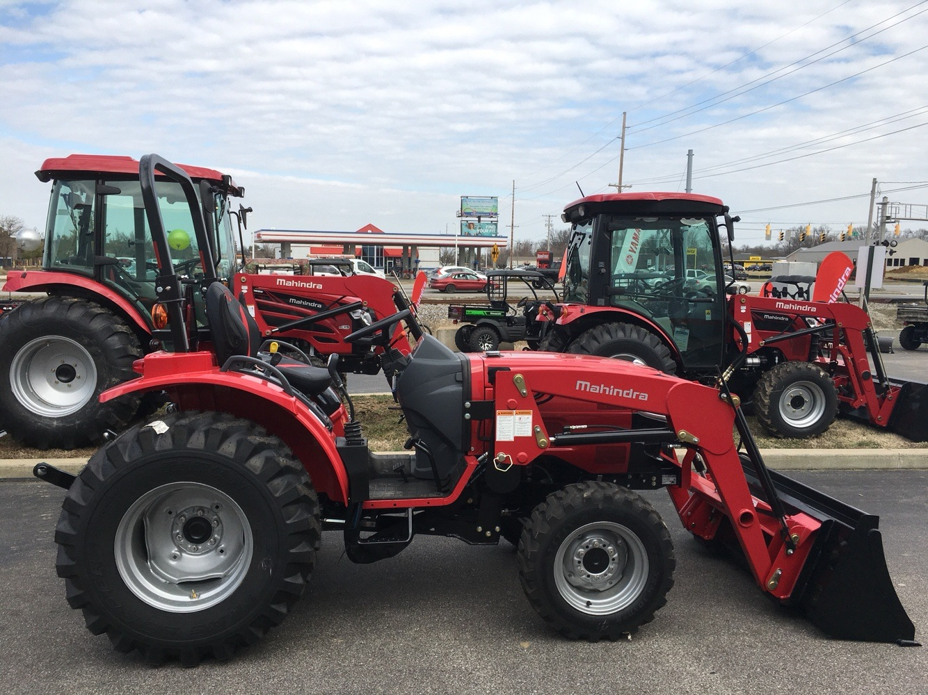 2019 Mahindra 1626 HST OS in Evansville, Indiana - Photo 9