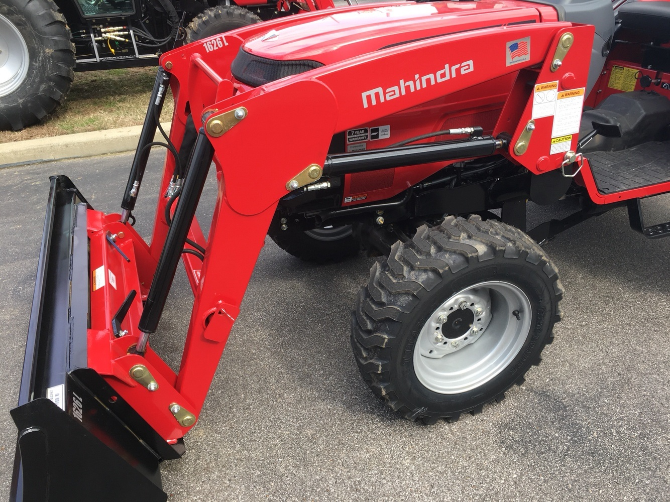 2019 Mahindra 1626 HST OS in Evansville, Indiana - Photo 19