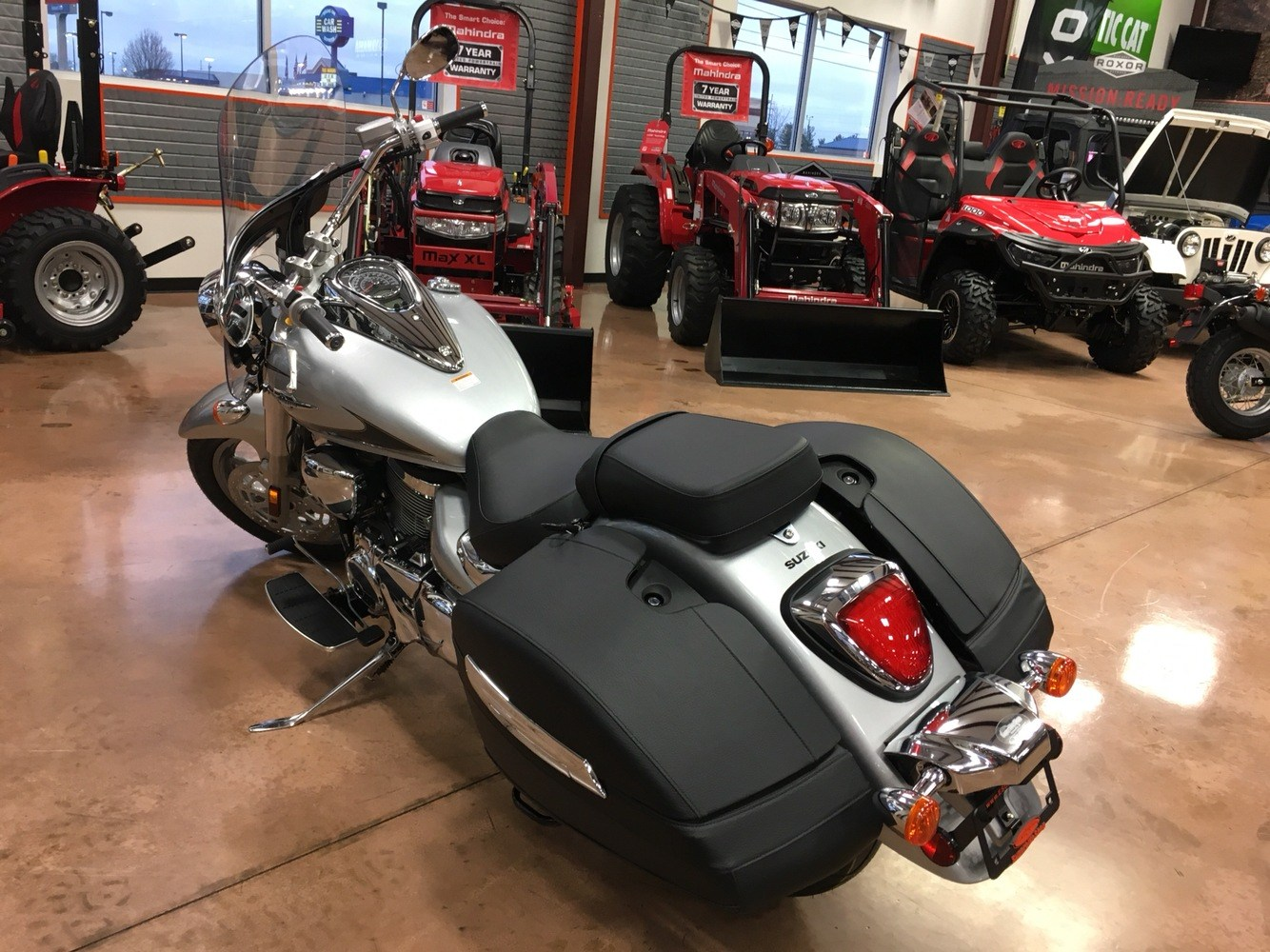 2019 Suzuki Boulevard C90T in Evansville, Indiana - Photo 5