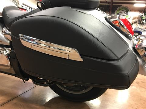 2019 Suzuki Boulevard C90T in Evansville, Indiana - Photo 22