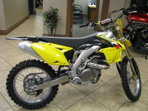 2016 Suzuki RM-Z450 in Carol Stream, Illinois