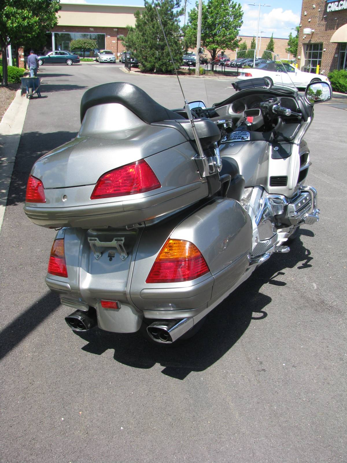 2004 Honda Gold Wing in Carol Stream, Illinois