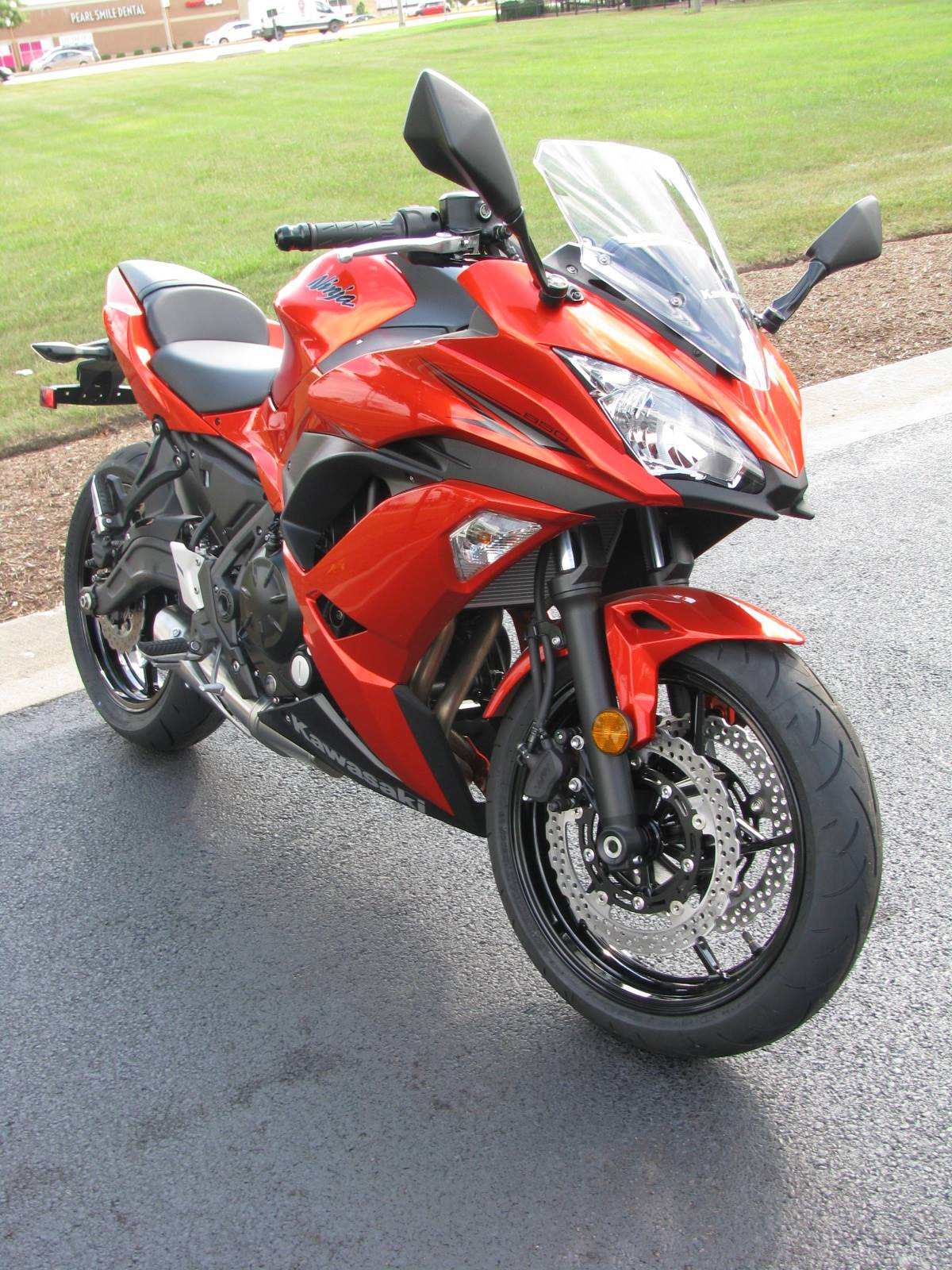 2017 Kawasaki Ninja 650 in Carol Stream, Illinois