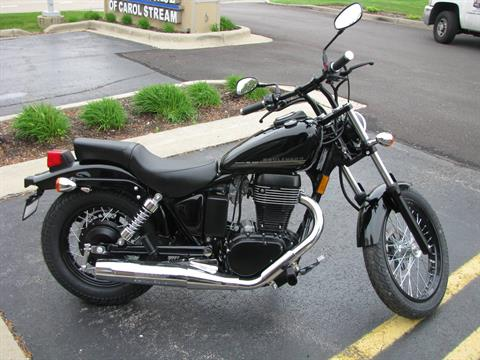2017 Suzuki Boulevard S40 in Carol Stream, Illinois