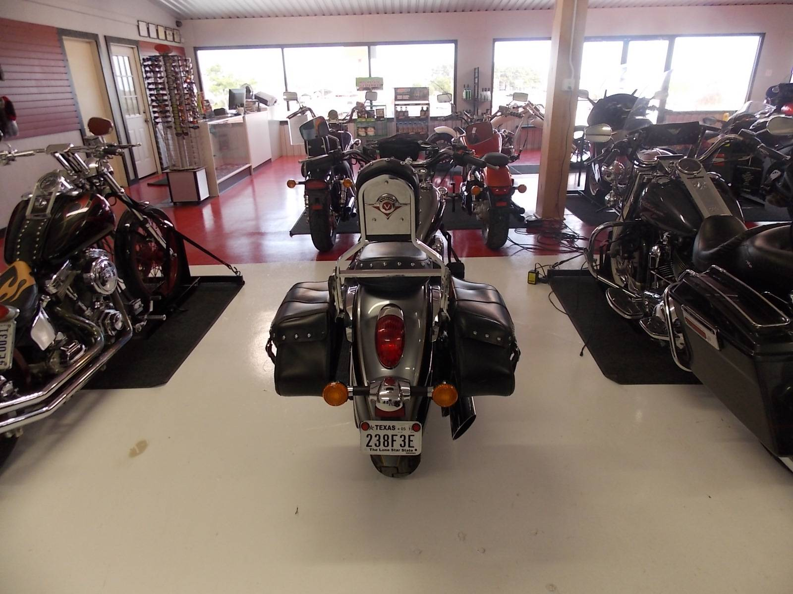 2012 Kawasaki Vulcan® 900 Classic LT in Springtown, Texas - Photo 10