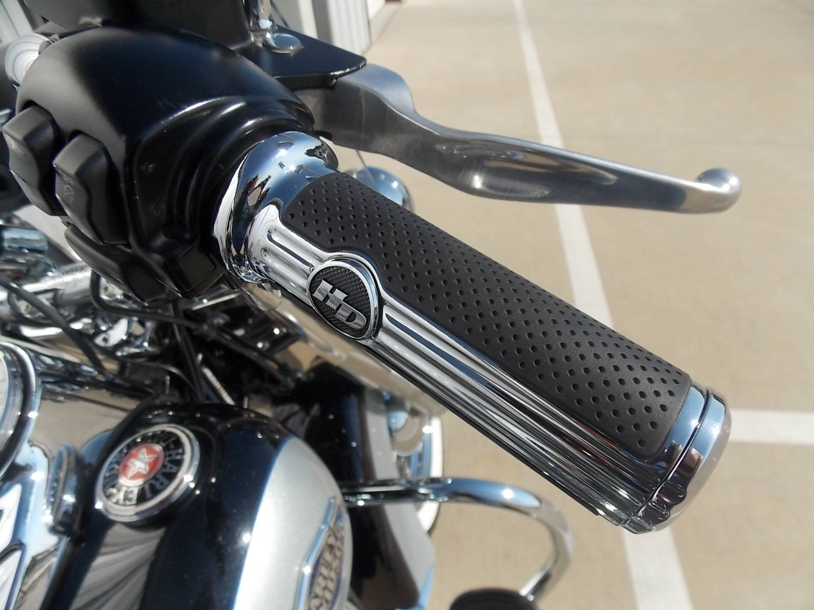 2013 Harley-Davidson Heritage Softail® Classic in Springtown, Texas - Photo 6