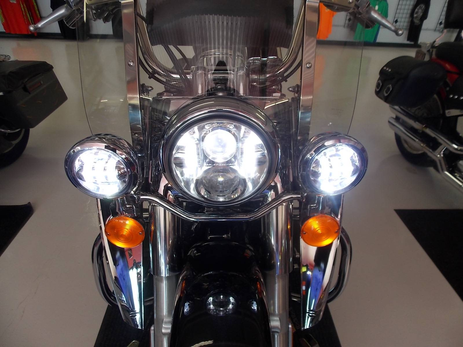 2013 Harley-Davidson Heritage Softail® Classic in Springtown, Texas - Photo 28