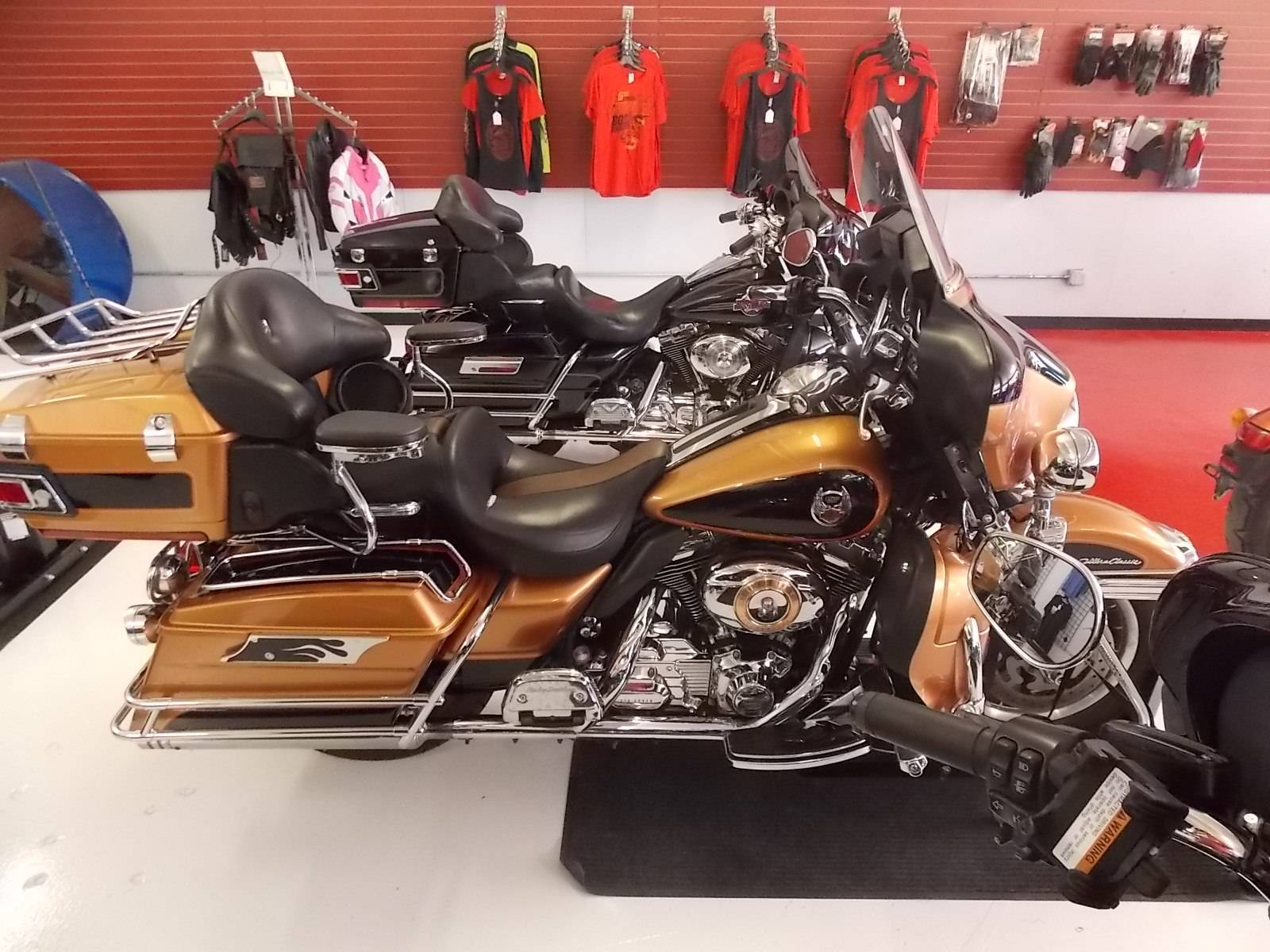 2008 Harley-Davidson Ultra Classic® Electra Glide® in Springtown, Texas - Photo 29
