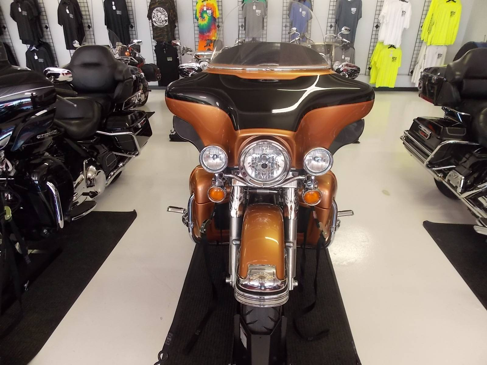 2008 Harley-Davidson Ultra Classic® Electra Glide® in Springtown, Texas - Photo 32