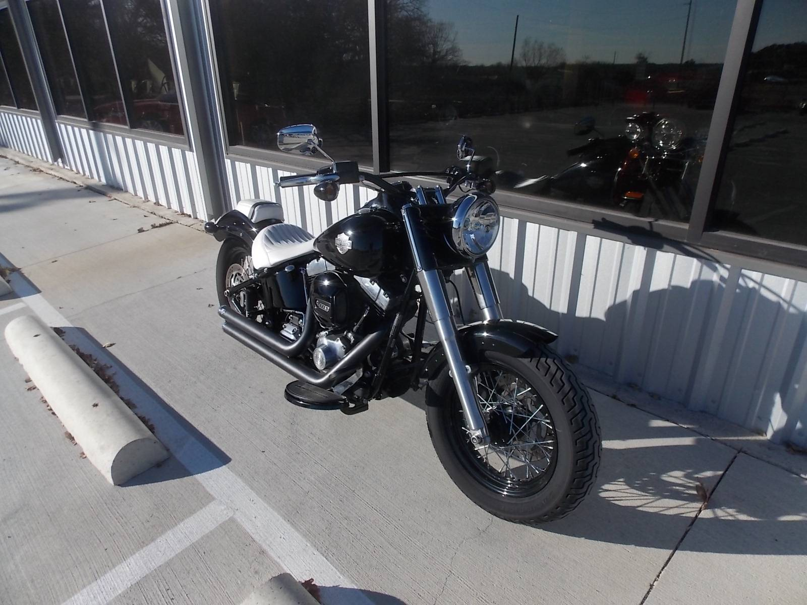 2016 Harley-Davidson Softail Slim® in Springtown, Texas