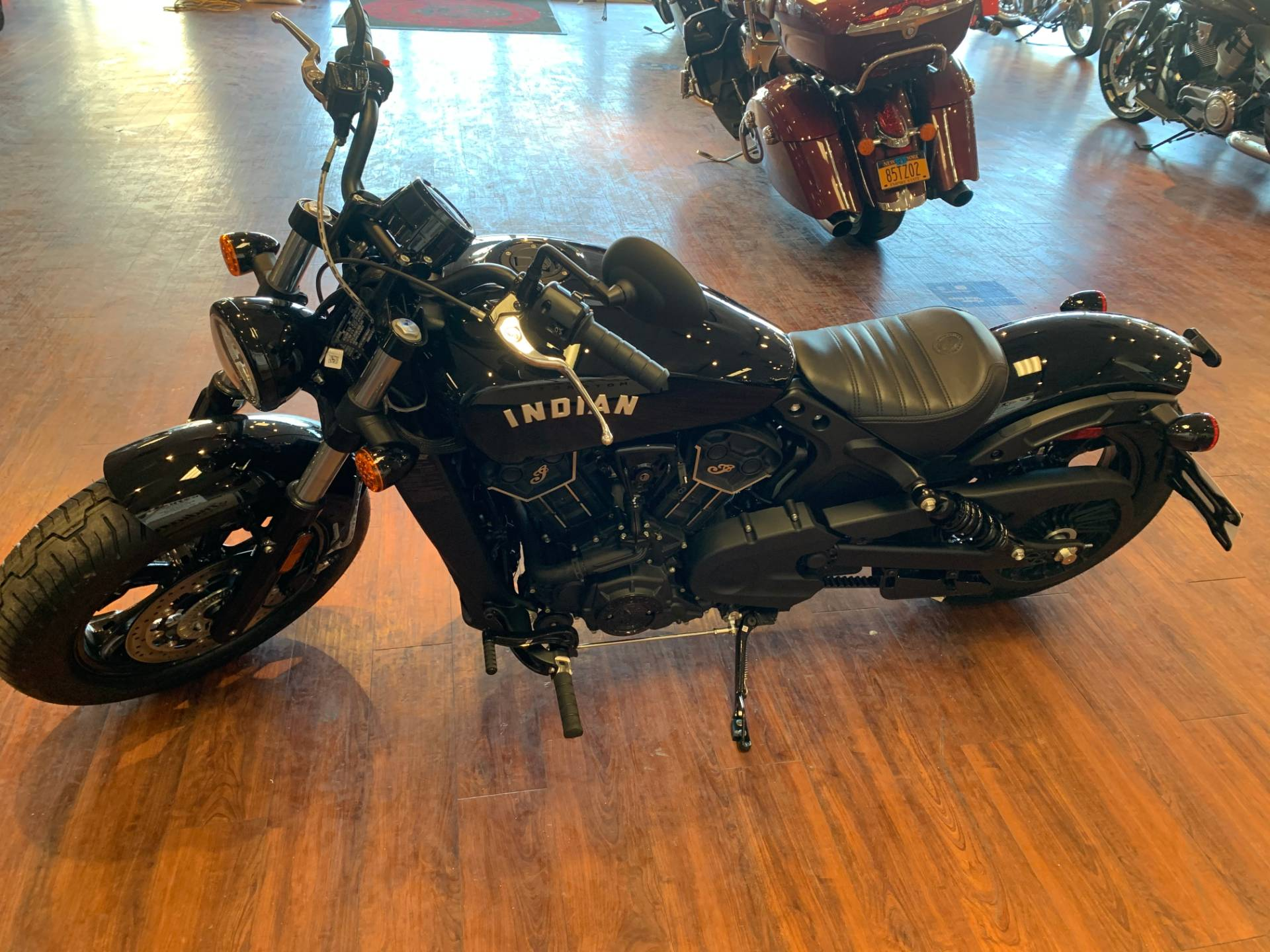 2021 Indian Scout® Bobber Sixty ABS in Staten Island, New York - Photo 3