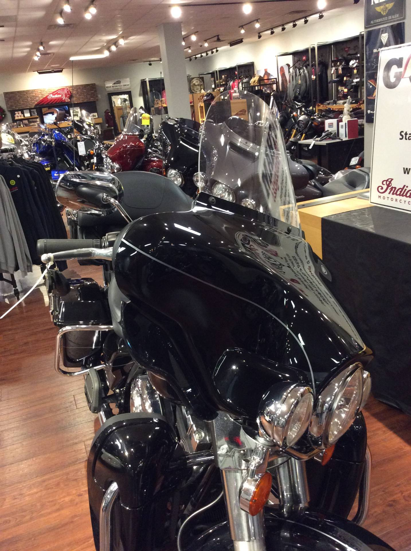 2012 Harley-Davidson Electra Glide® Ultra Limited in Staten Island, New York - Photo 2