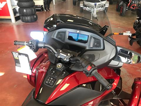 2021 Can-Am Spyder RT Limited in Eugene, Oregon - Photo 2