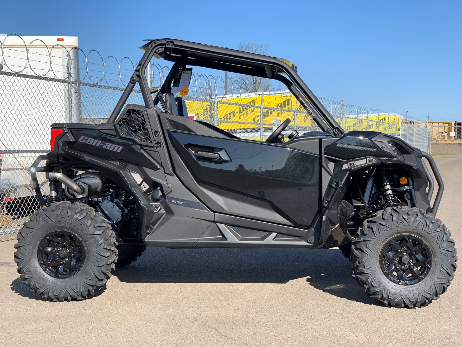 2020 Can-Am Maverick Sport DPS 1000R in Eugene, Oregon - Photo 7