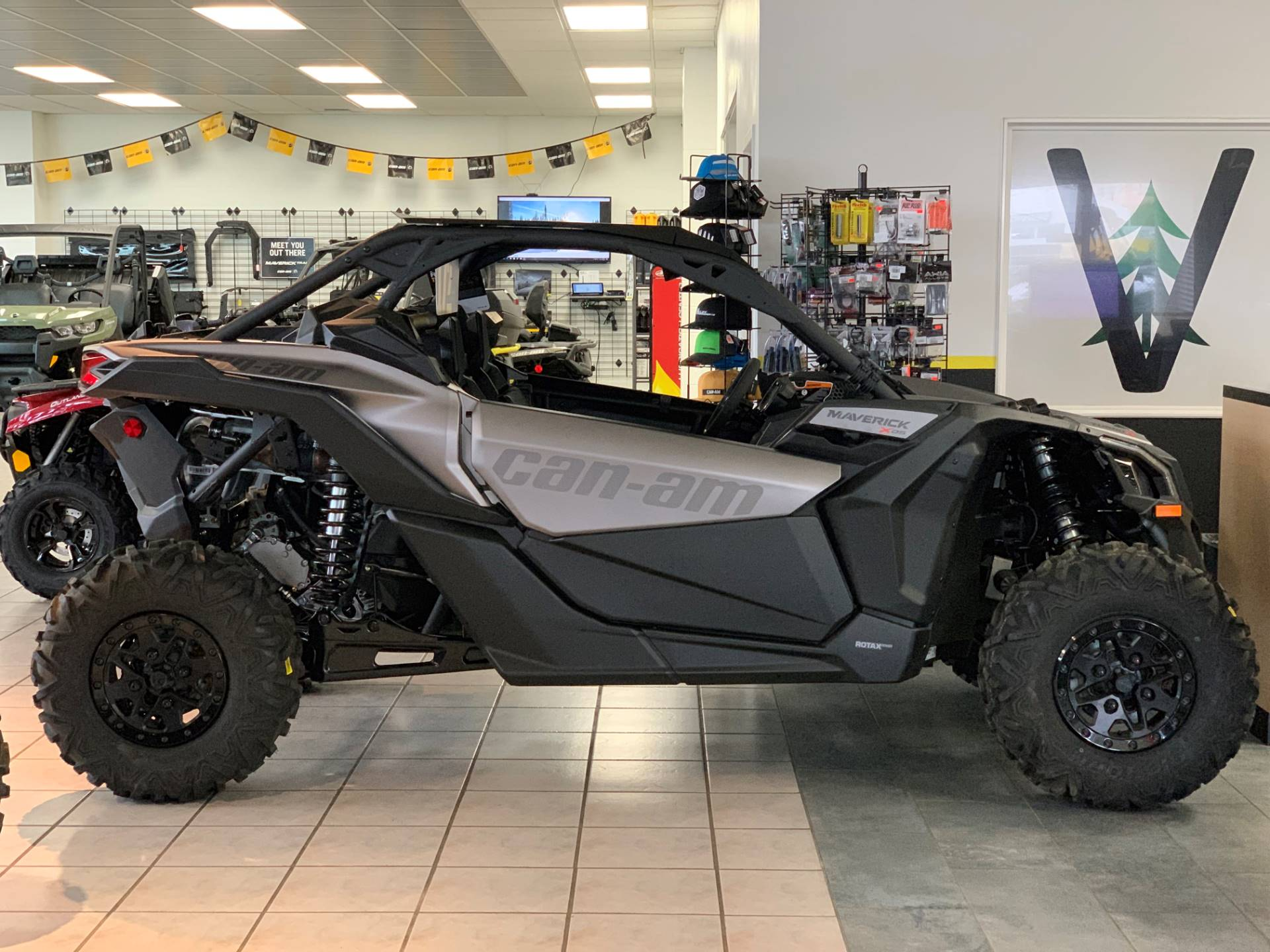 2019 Can-Am™ Maverick X3 X ds Turbo R 7