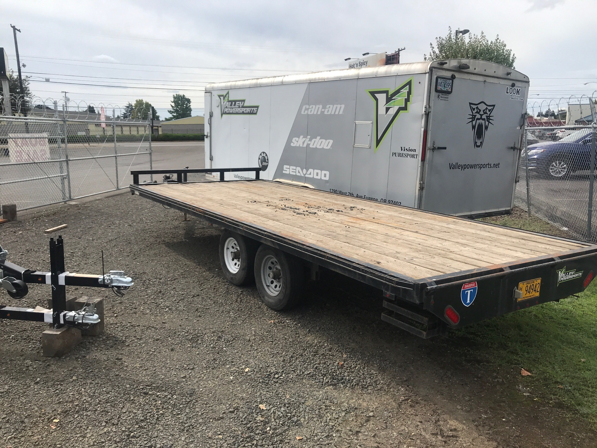 2015 Carry-On Trailers 8.5X20Deckover,SlideinRamps.WoodDeck in Eugene, Oregon - Photo 3