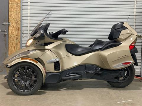 2017 Can-Am Spyder RT-S in Eugene, Oregon - Photo 1