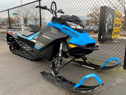 2019 Ski-Doo Summit SP 154 600R E-TEC SHOT PowderMax Light 2.5 w/ FlexEdge in Eugene, Oregon - Photo 1