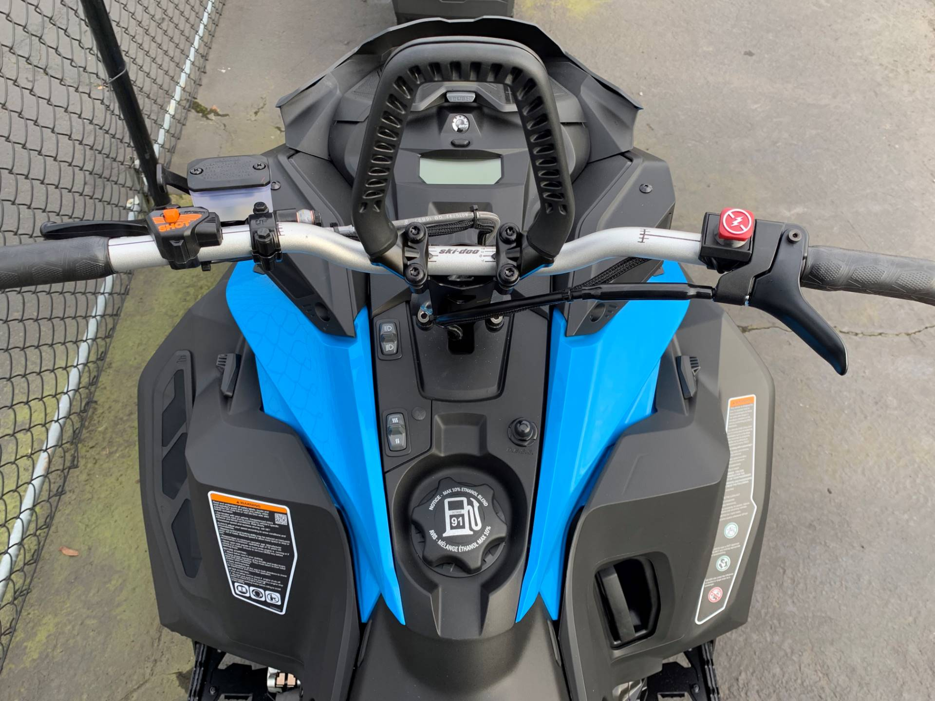2019 Ski-Doo Summit SP 154 600R E-TEC SHOT PowderMax Light 2.5 w/ FlexEdge in Eugene, Oregon - Photo 5