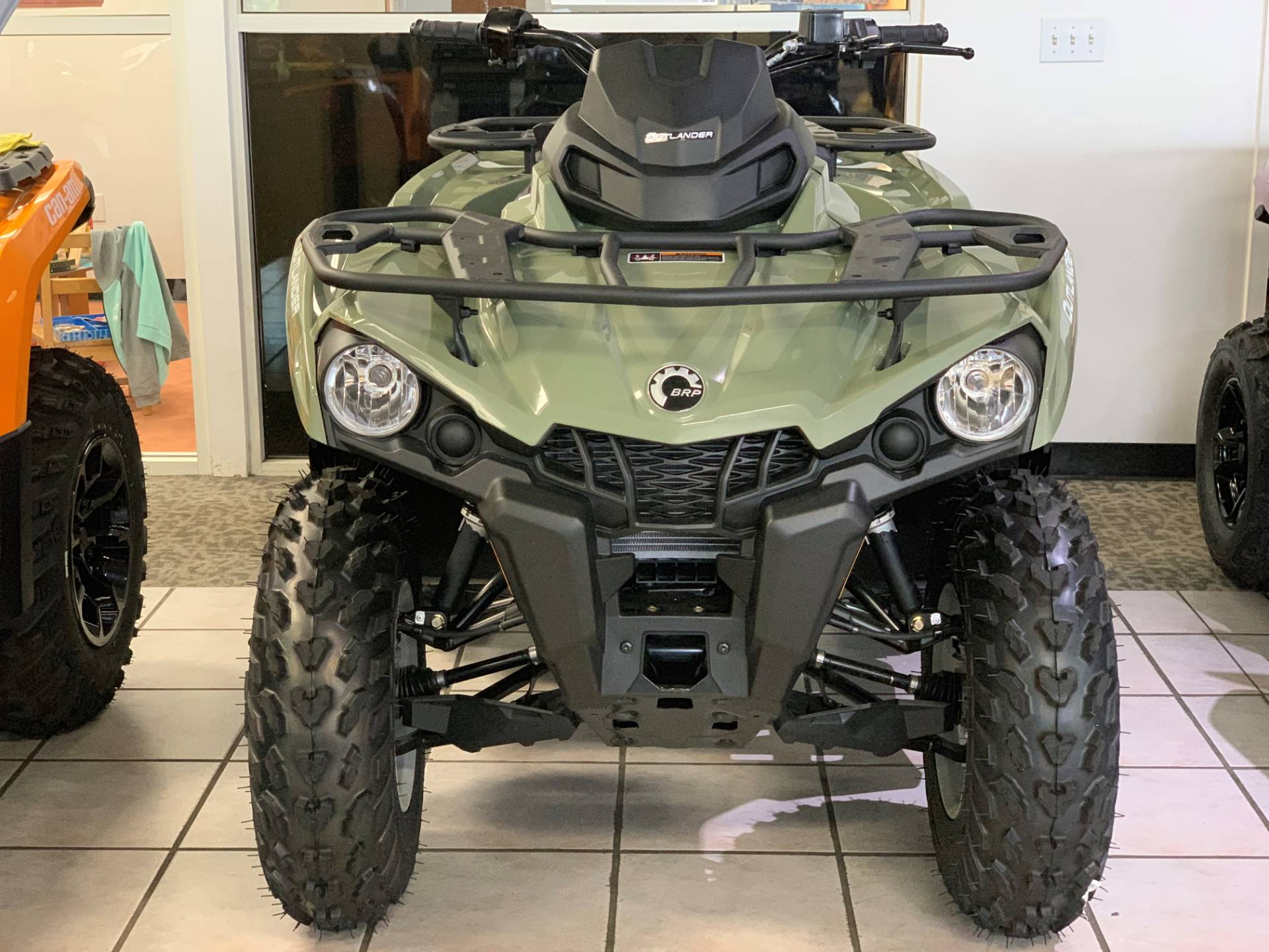 2019 Can-Am Outlander DPS 450 in Eugene, Oregon - Photo 2
