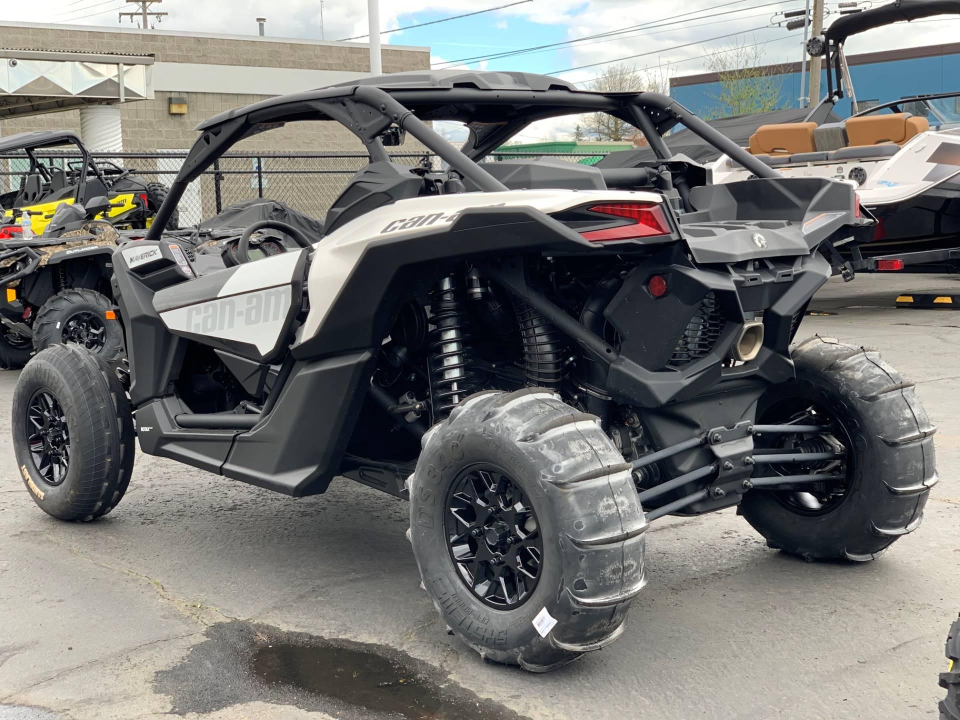 2019 Can-Am™ Maverick X3 Turbo R 5