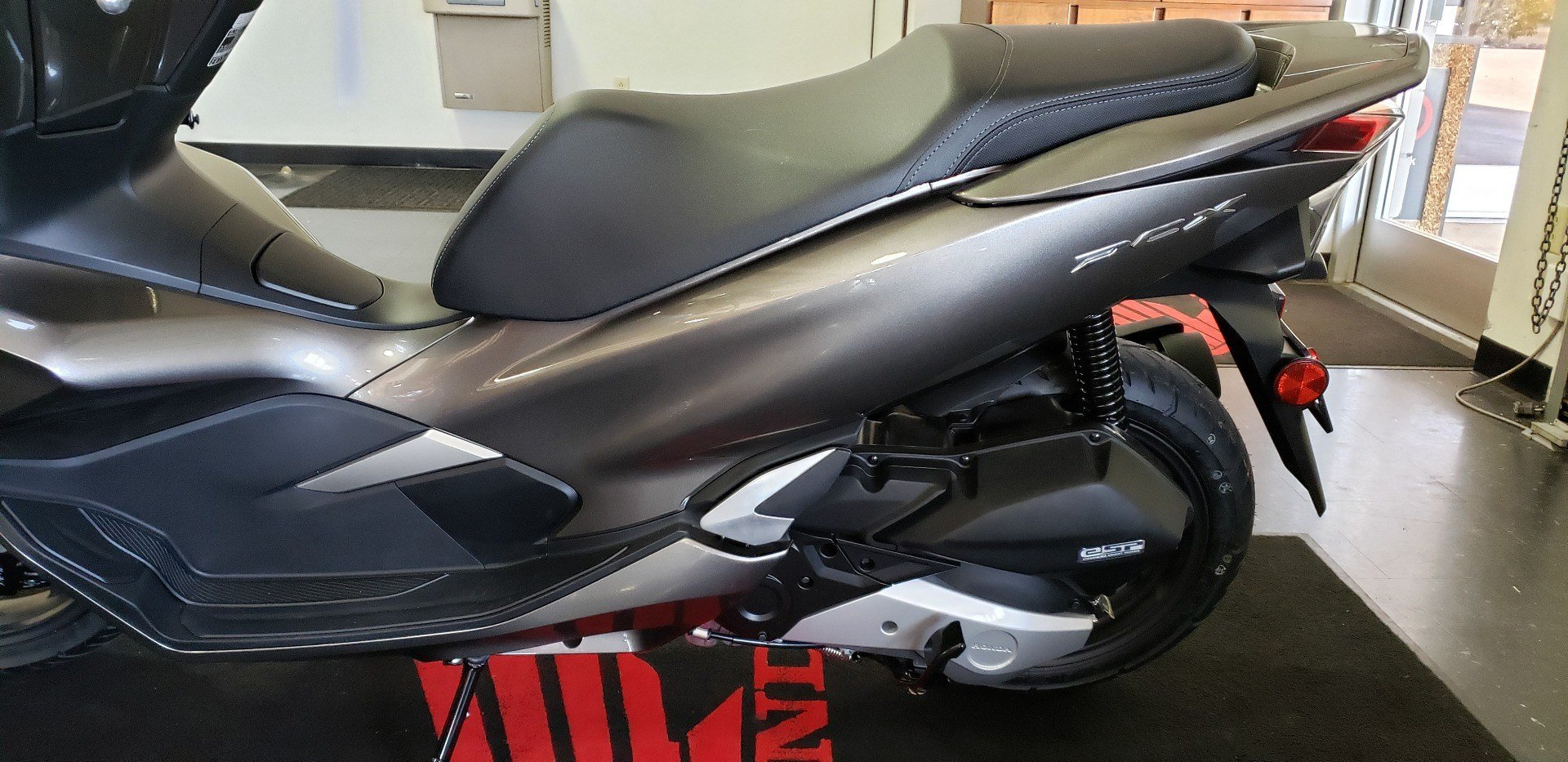 2019 Honda PCX150 in Chattanooga, Tennessee - Photo 7