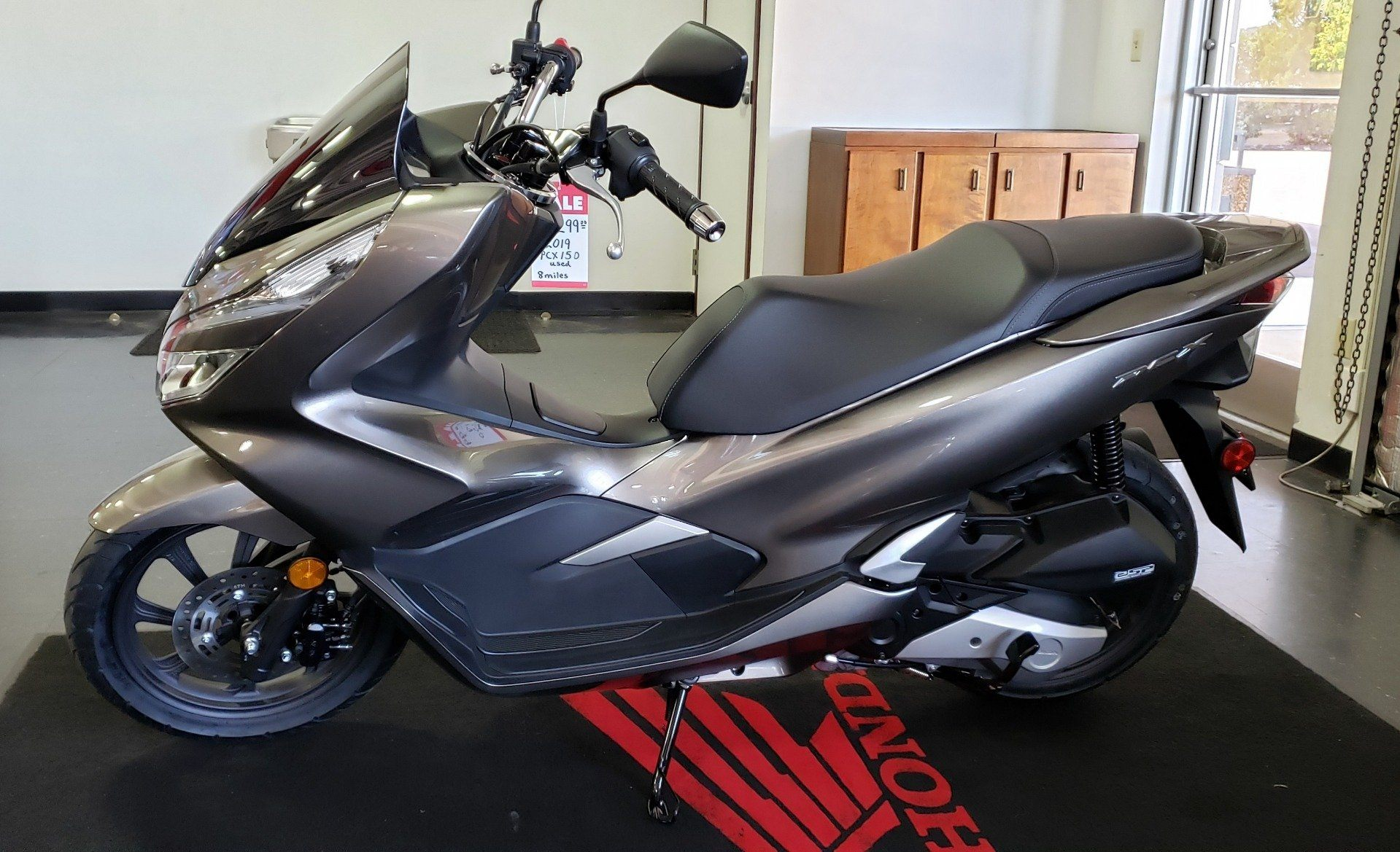 2019 Honda PCX150 in Chattanooga, Tennessee - Photo 2
