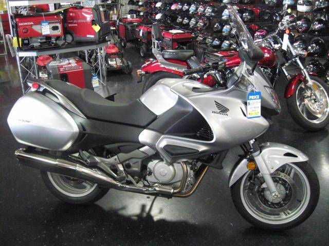 2010 Honda NT700V in Chattanooga, Tennessee