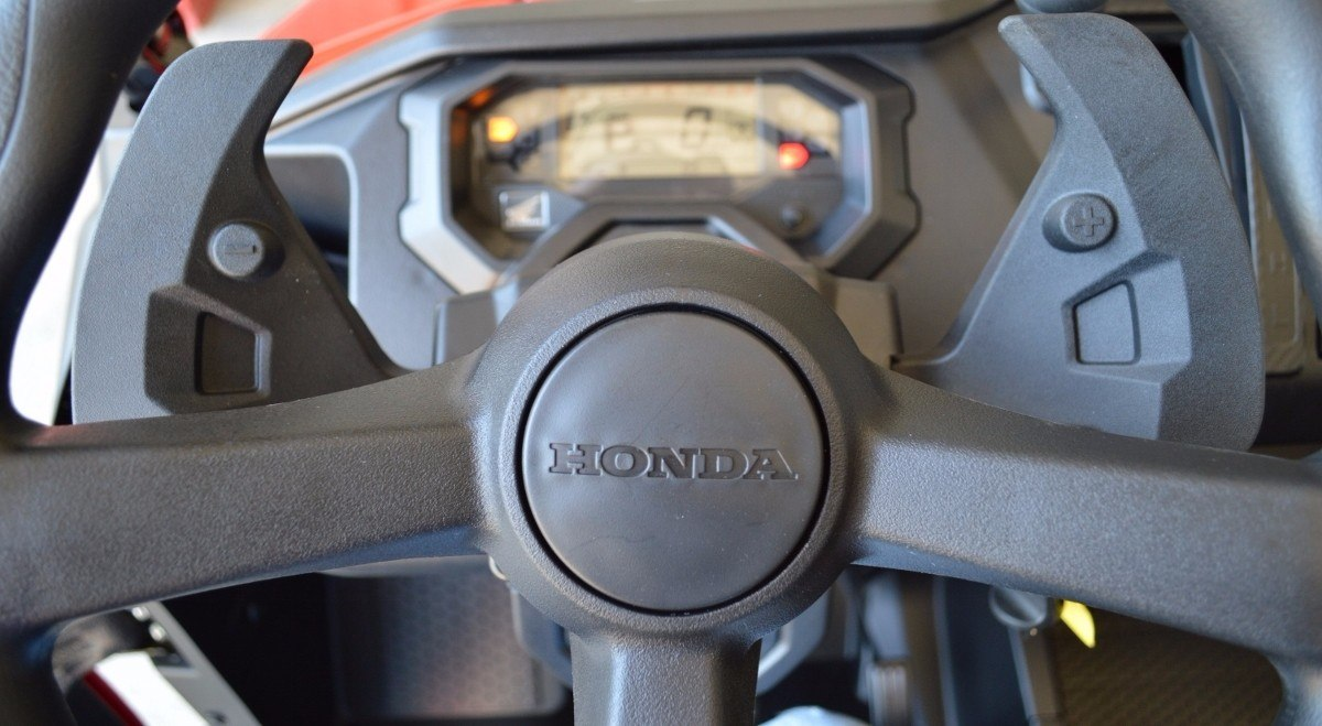 2016 Honda Pioneer 1000-5 in Chattanooga, Tennessee