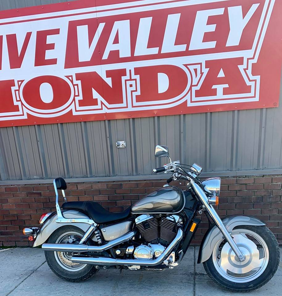 2006 Honda VT1100C2 Shadow Sabre - Photo 1