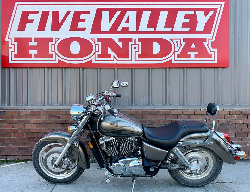 2006 Honda VT1100C2 Shadow Sabre - Photo 5