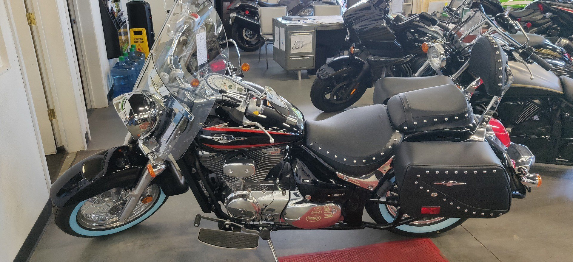 2019 Suzuki Boulevard C50 in Vallejo, California - Photo 1