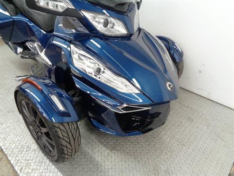 2016 Can-Am Spyder RT Limited in Norman, Oklahoma - Photo 2