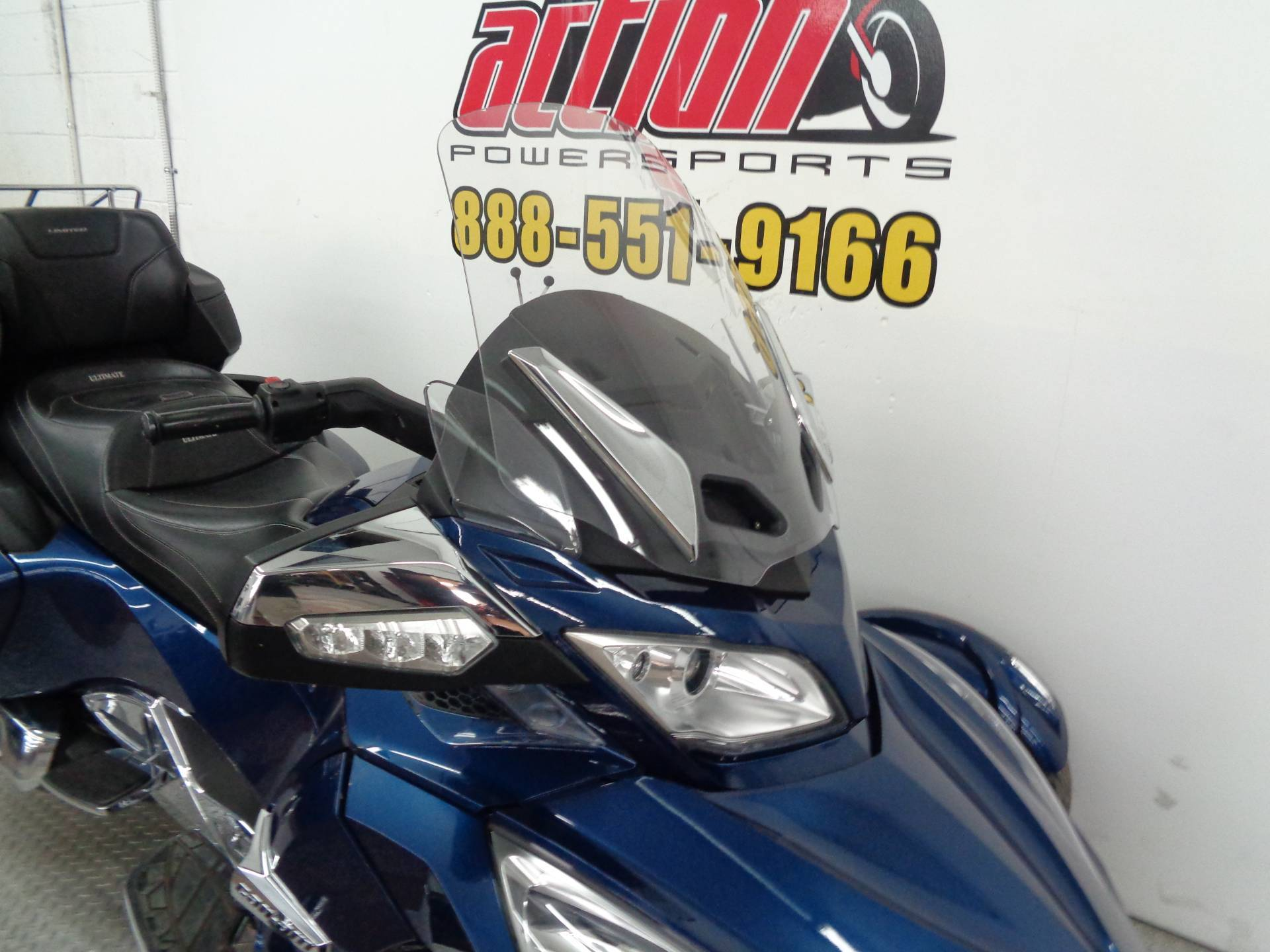 2016 Can-Am Spyder RT Limited in Norman, Oklahoma - Photo 3