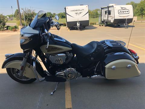 2019 Indian Chieftain® Classic ABS in Norman, Oklahoma - Photo 5