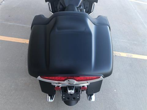 2020 Indian Roadmaster® Dark Horse® in Norman, Oklahoma - Photo 5