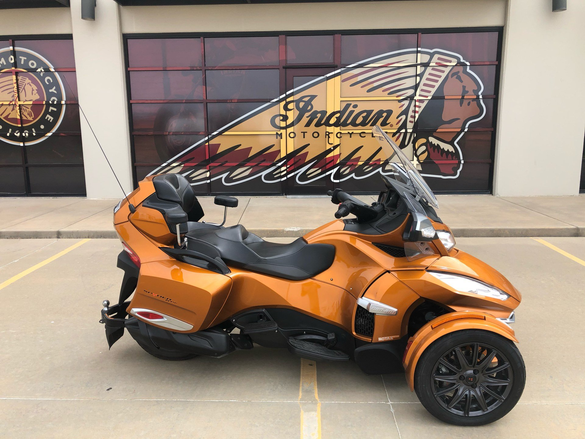 2014 Can-Am Spyder® RT Limited in Norman, Oklahoma - Photo 1