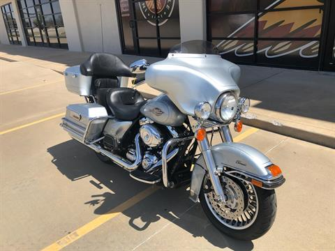 2012 Harley-Davidson Electra Glide® Classic in Norman, Oklahoma - Photo 2