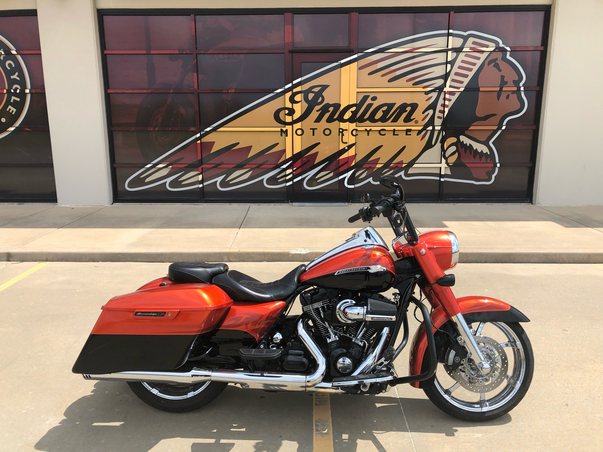 2014 Harley-Davidson CVO™ Road King® in Norman, Oklahoma - Photo 1