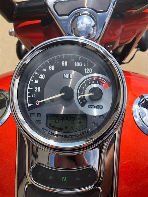2014 Harley-Davidson CVO™ Road King® in Norman, Oklahoma - Photo 9