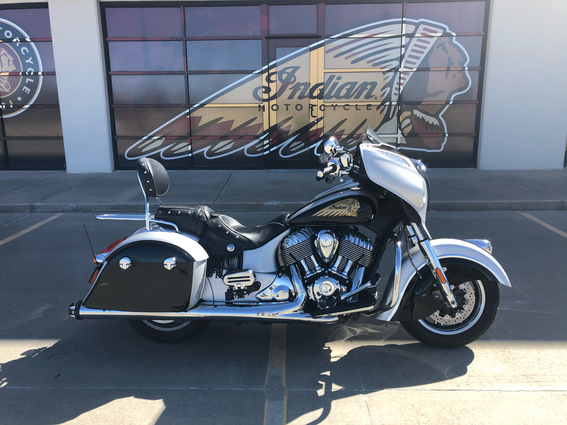 2016 Indian Chieftain® in Norman, Oklahoma - Photo 1