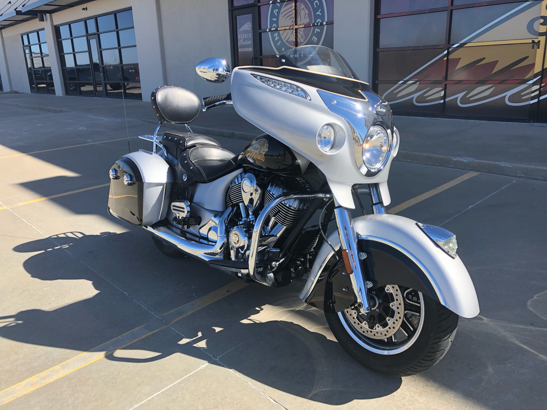2016 Indian Chieftain® in Norman, Oklahoma - Photo 2