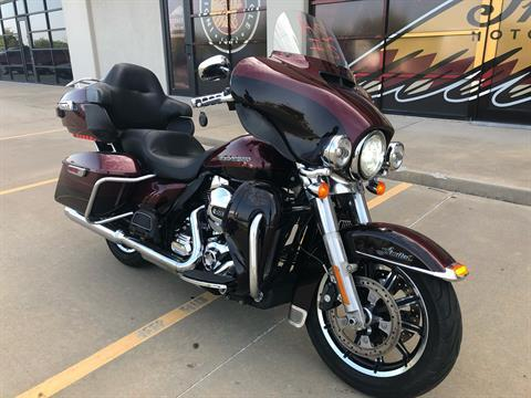 2015 Harley-Davidson Ultra Limited in Norman, Oklahoma - Photo 2