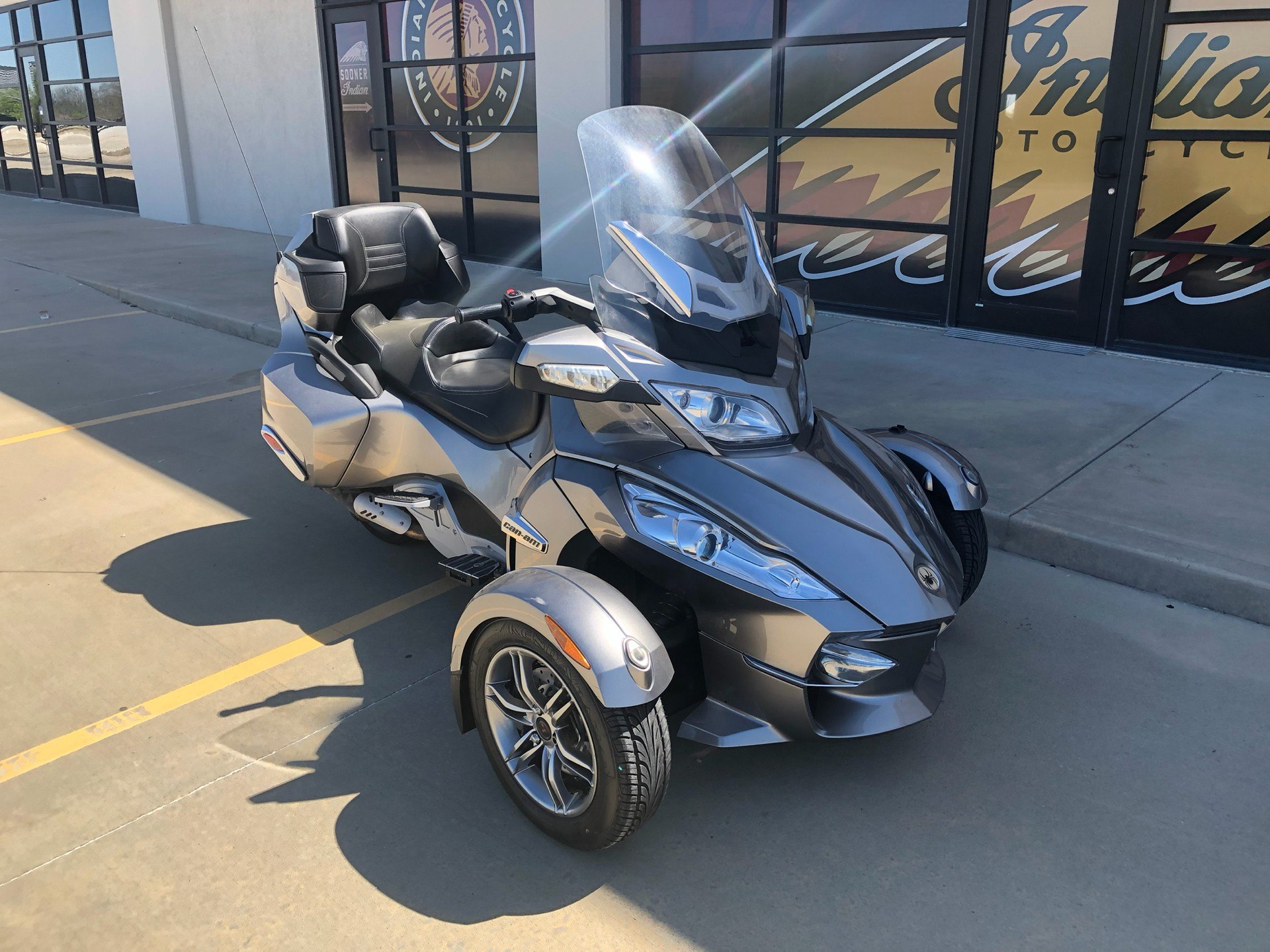 2012 Can-Am Spyder® RT Audio & Convenience SM5 in Norman, Oklahoma
