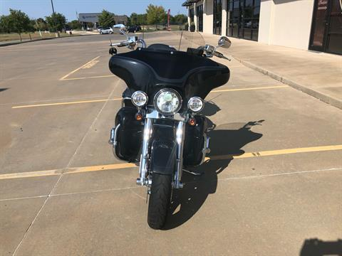 2013 Harley-Davidson CVO™ Ultra Classic® Electra Glide® 110th Anniversary Edition in Norman, Oklahoma - Photo 3