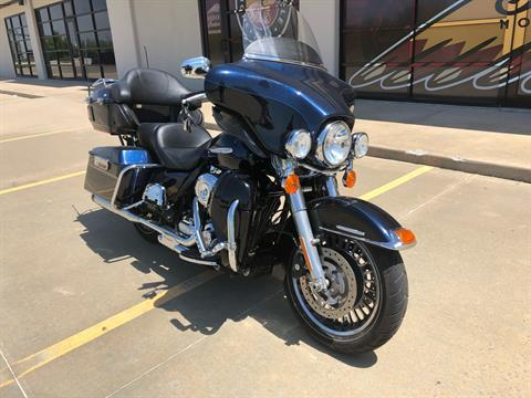 2012 Harley-Davidson Electra Glide® Ultra Limited in Norman, Oklahoma - Photo 2