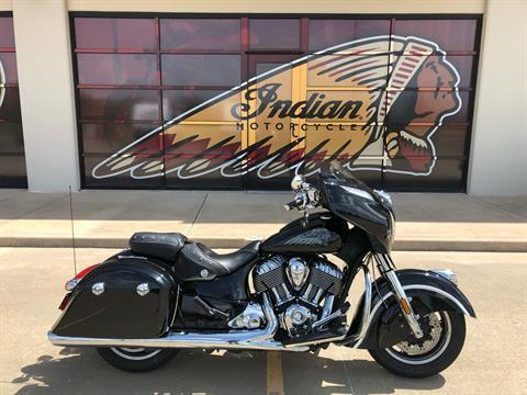 2017 Indian Chieftain® in Norman, Oklahoma - Photo 1