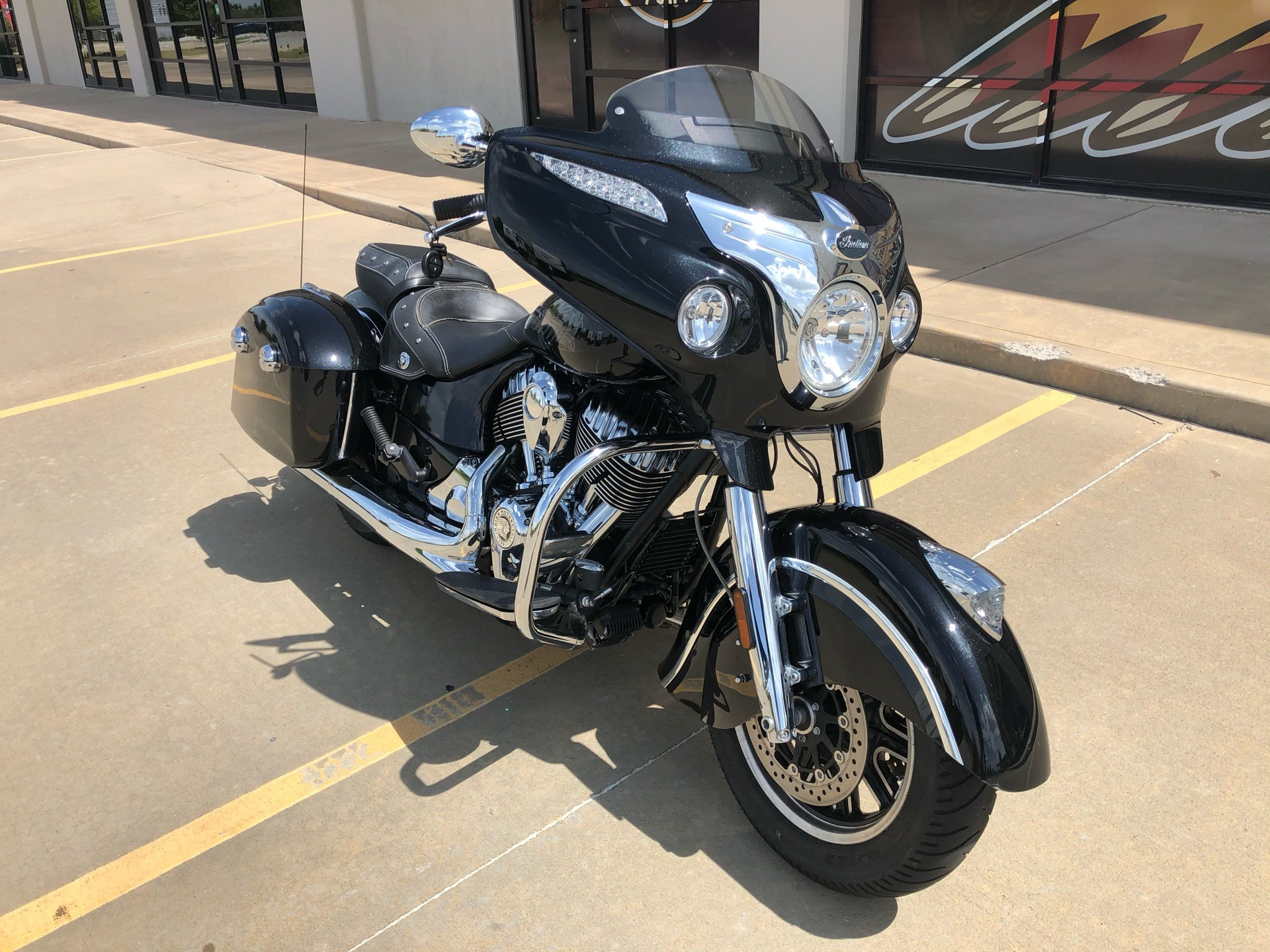 2017 Indian Chieftain® in Norman, Oklahoma - Photo 2