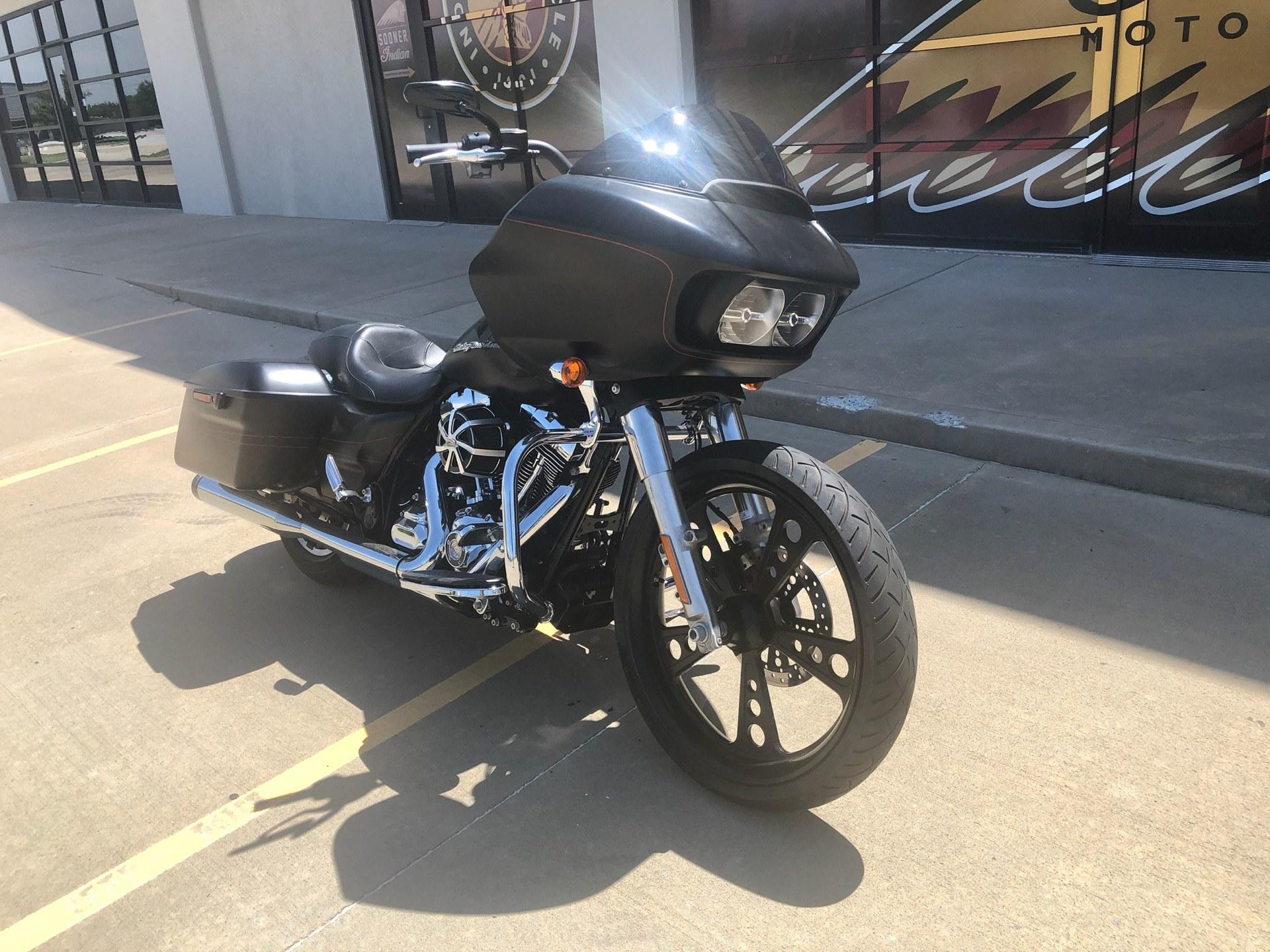 2015 Harley-Davidson Road Glide® Special in Norman, Oklahoma