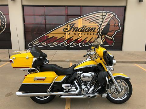 2012 Harley-Davidson CVO™ Ultra Classic® Electra Glide® in Norman, Oklahoma - Photo 1